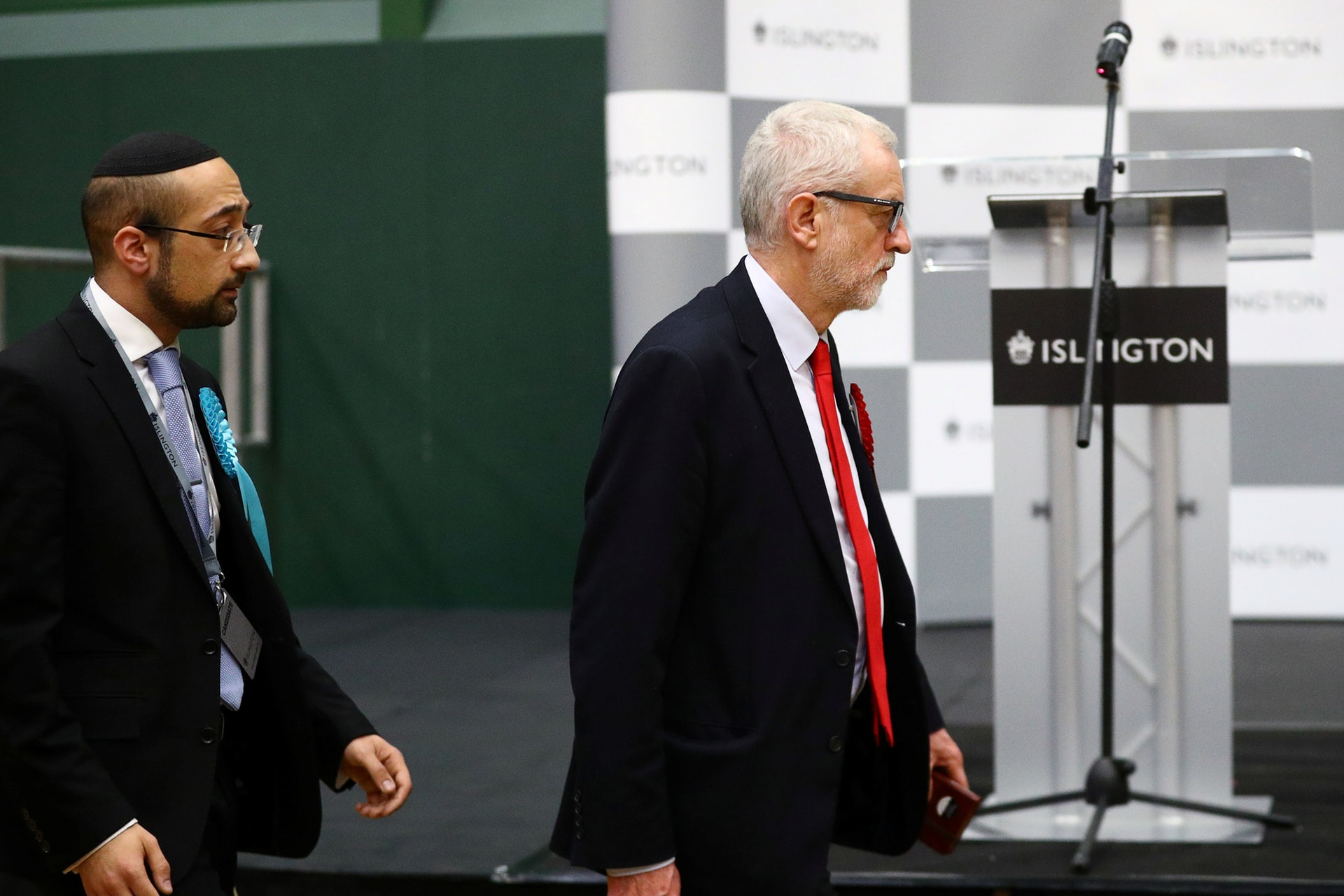 英國工黨落敗後,黨魁郝爾彬表示不會再帶領黨參選。(路透社)