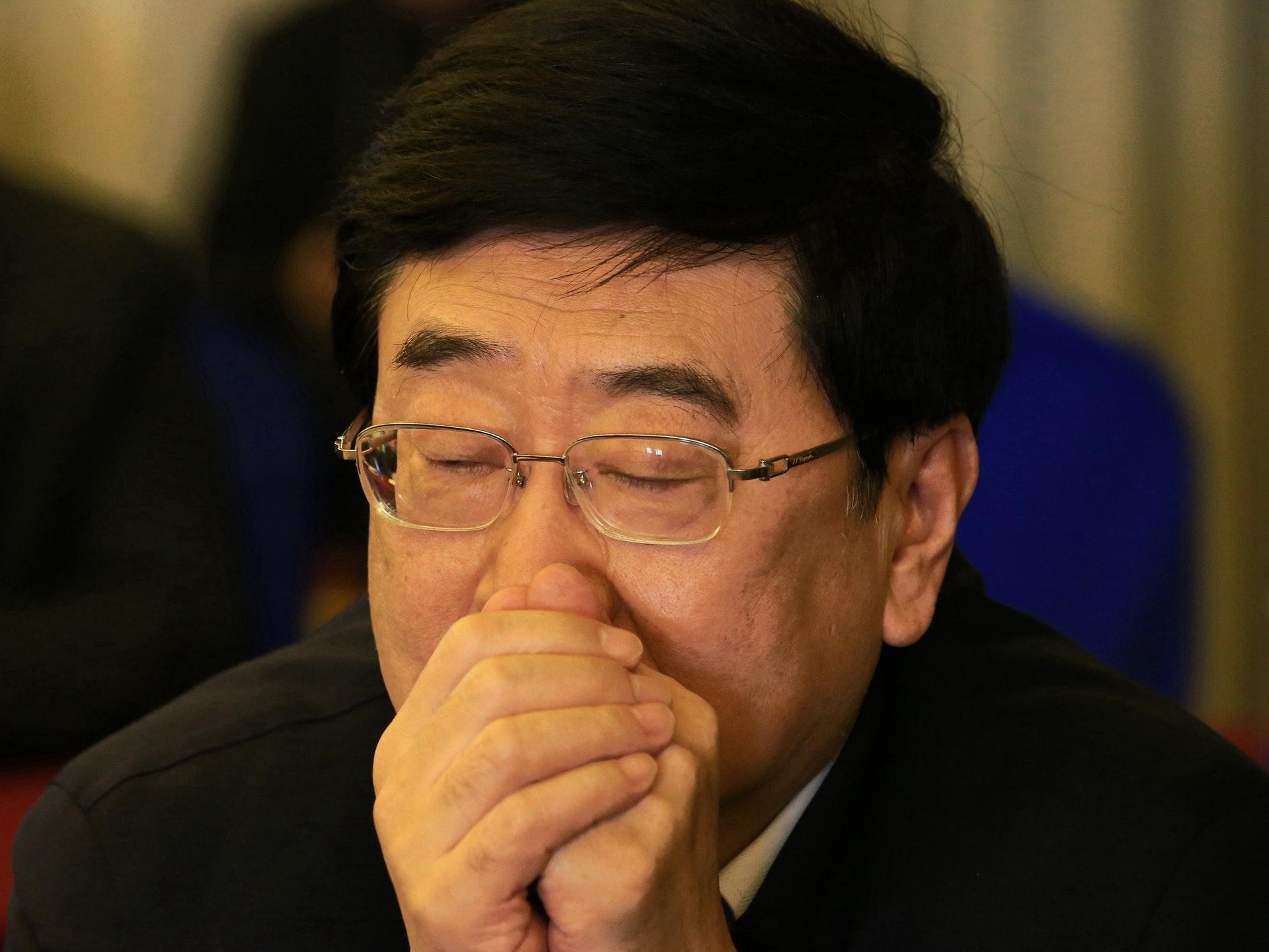 因SARS事件处理不力,北京市市长孟学农被免职。(VCG)