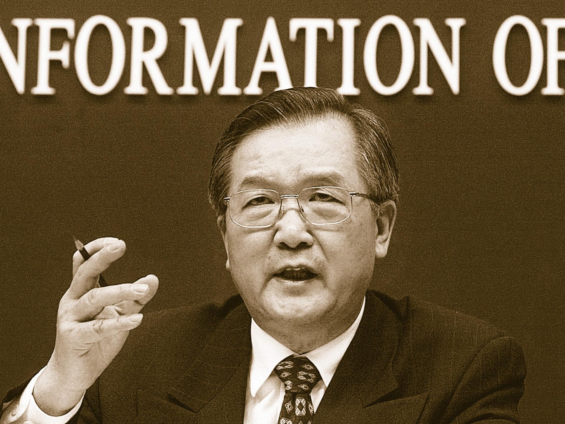 因SARS事件处理不力,中国卫生部部长张文康被免职。(AFP)