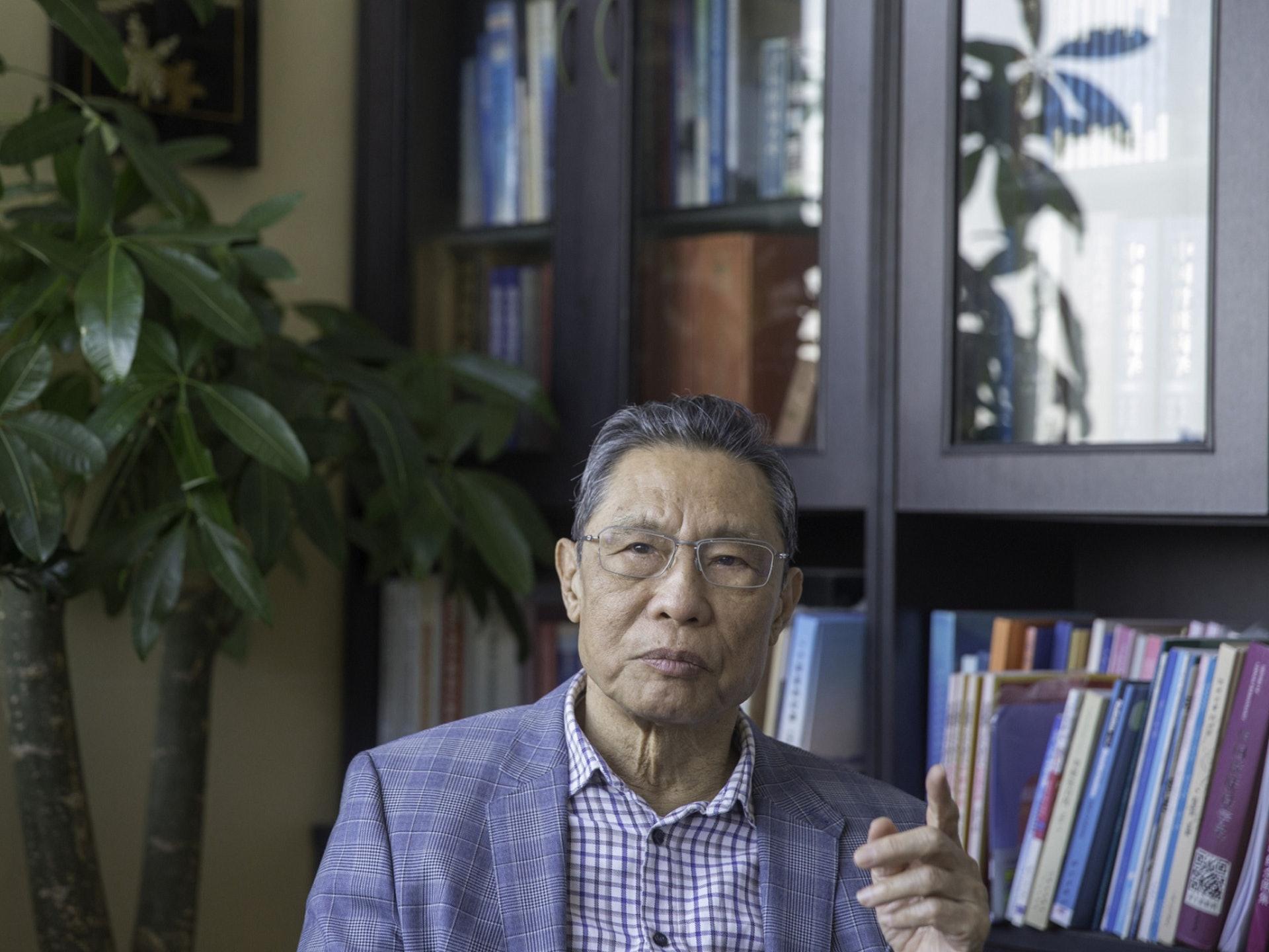 武汉新型冠状病毒的防治备受关注,钟南山再次临危受命,出任中国国家卫生健康委员会高级别专家组组长。(VCG)