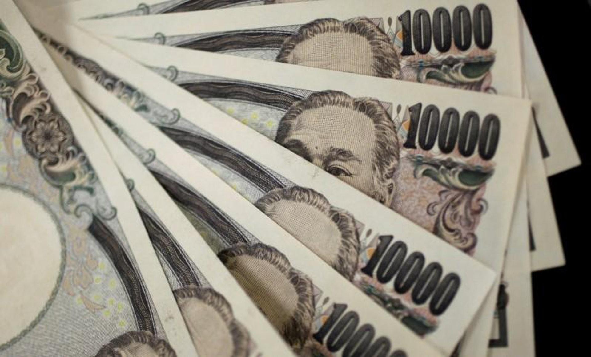 日本为应对新冠疫情而推出的财政刺激规模已达225万亿日圆,约为2019年GDP总额的40%。 (路透社)