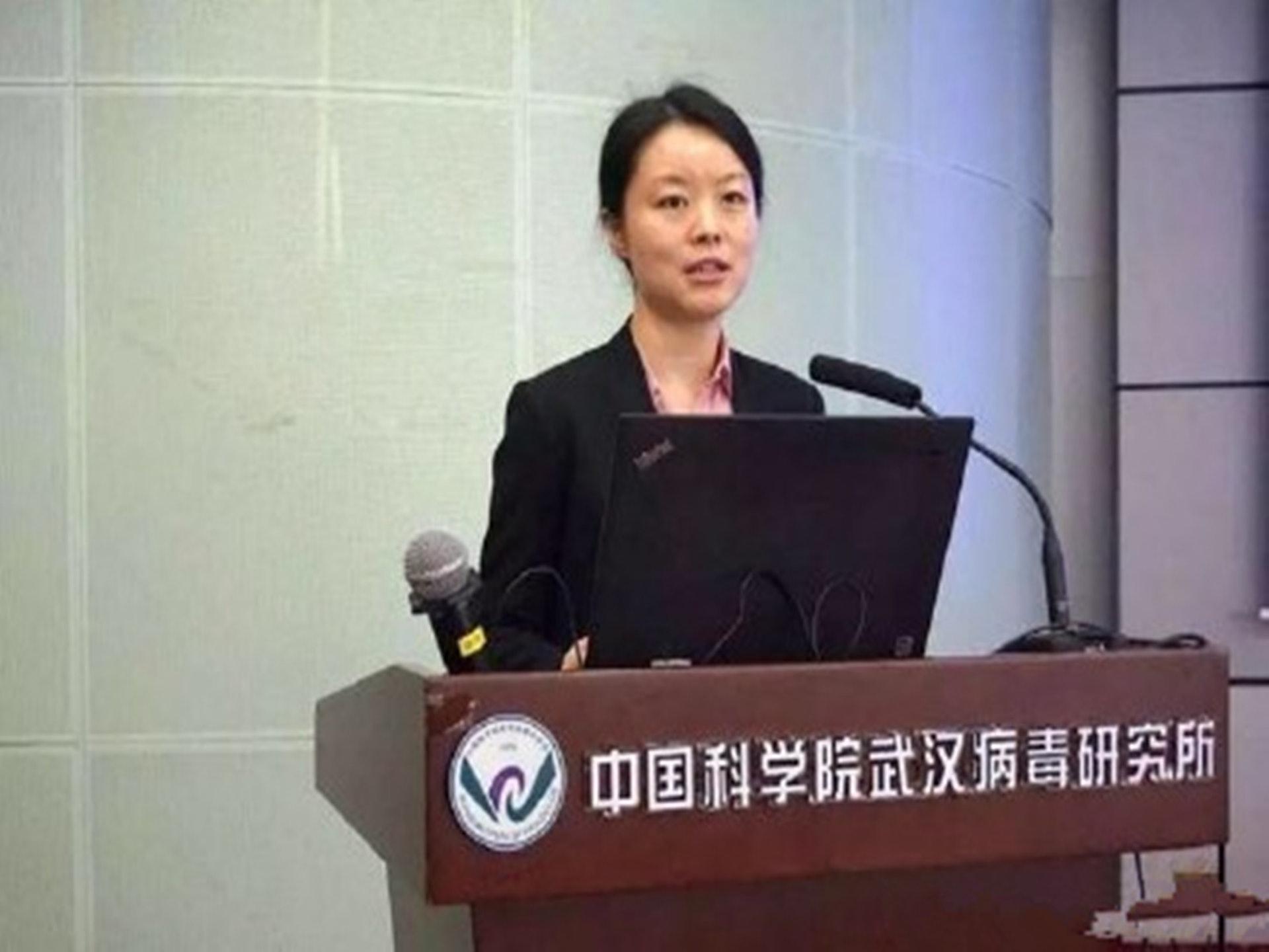 王延轶此前出席武汉病毒研究所活动。(微博@e_car的V博space)