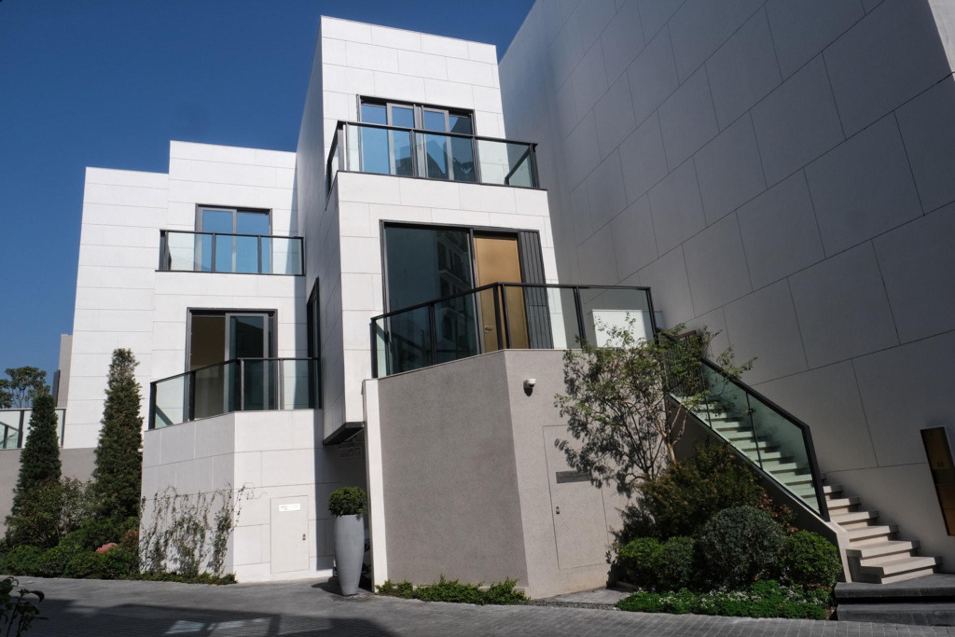 林先生與家人拆逾千萬,購入The Carmel洋房,供一家三口入住。(羅君豪攝)