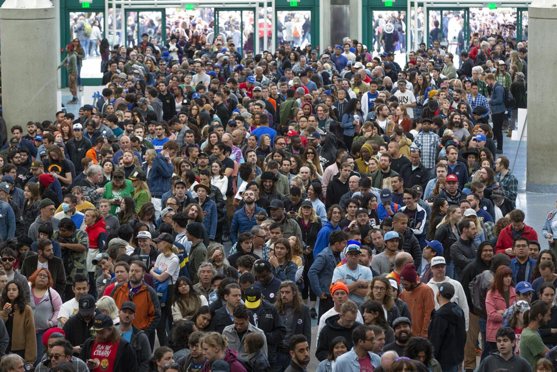 美國大選:民主黨總統參選人桑德斯的支持者3月1日在加州洛杉磯出席競選活動。(AP)