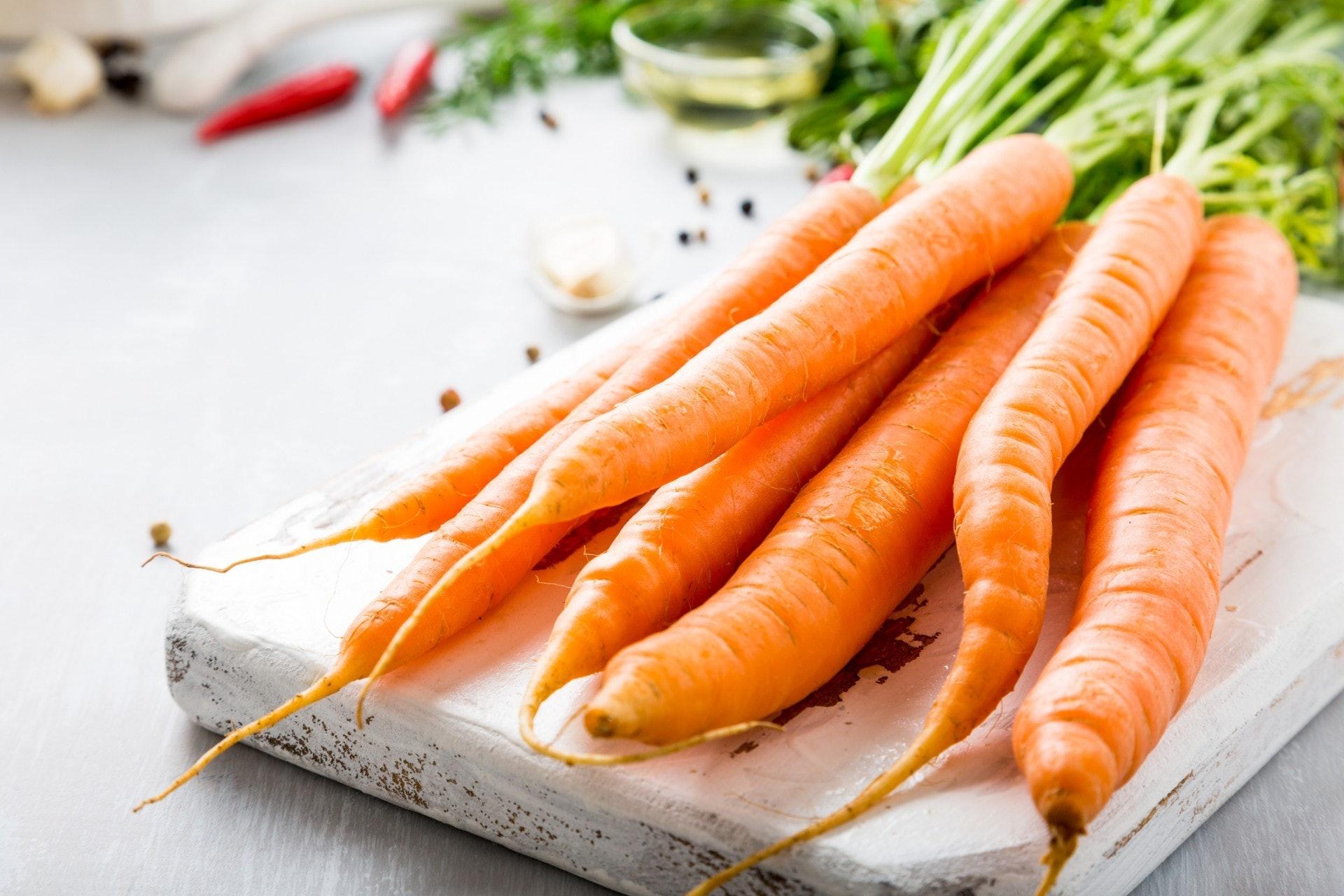 紅蘿蔔營養】紅蘿蔔4大好處日本醫學博士教2種食法吸收高9倍!|香港01|教煮
