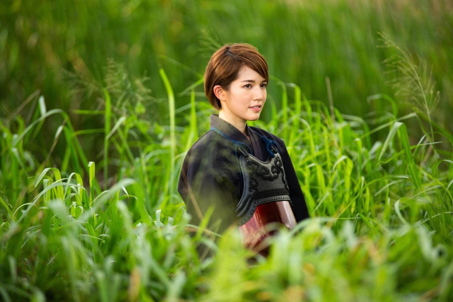 現年26歲的蘇皓兒今次在《人馬座》MV扮演劍道少女,感覺清秀優雅。(受訪者提供)