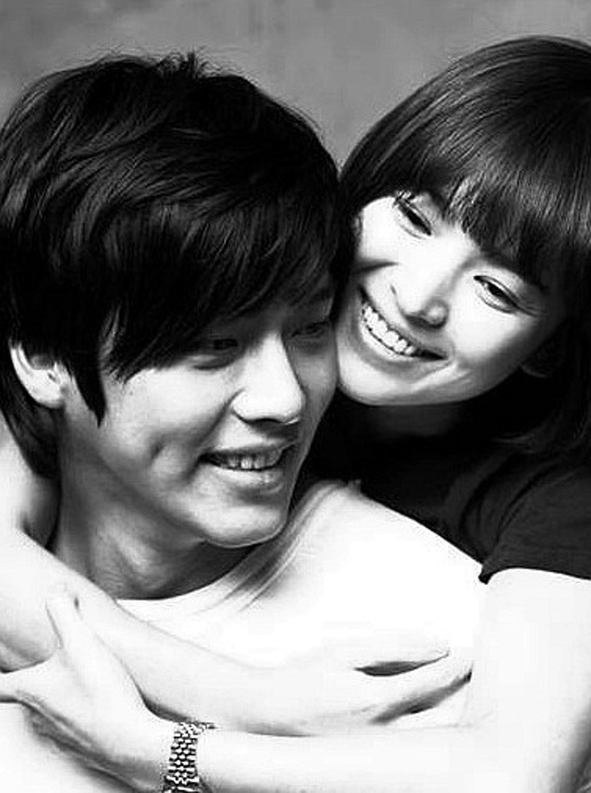 玄彬和宋慧喬因拍攝《戀愛夢工場》撻着,但已於2011年分手。(劇照)