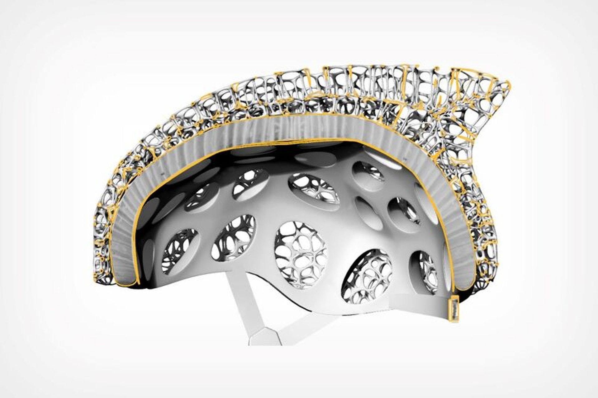 結合底層的碳纖維盔保護殼,既可減少生產物料的浪費,亦令Voronoi單車頭盔比傳統設計輕巧得多。(網上圖片)