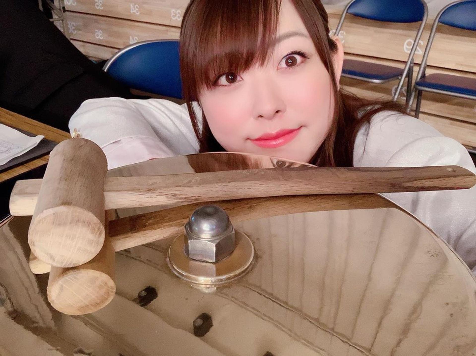 29歲的日本職業摔跤播音員櫻田愛實親身經歷了「被寄生事件」!(櫻田愛實IG)