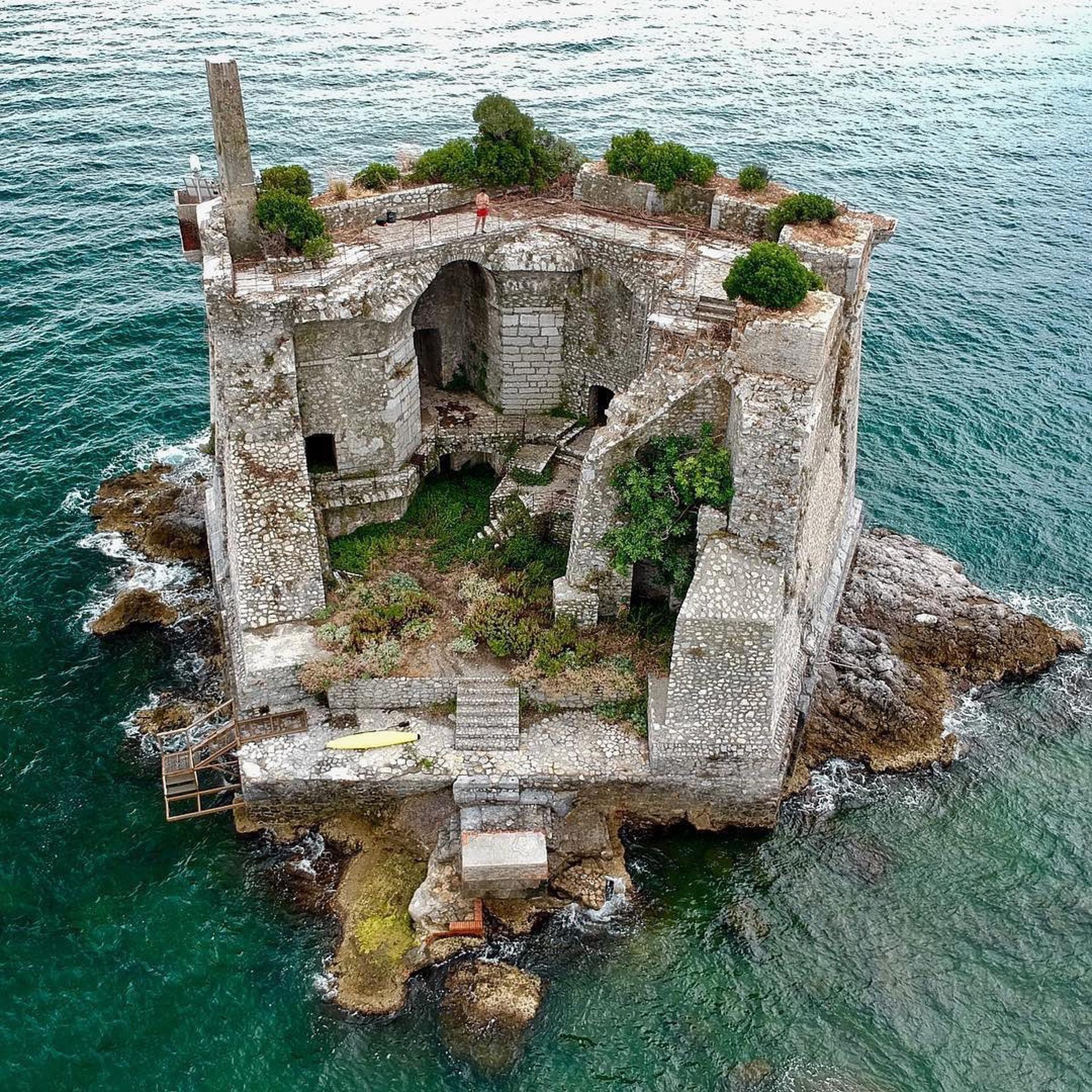意大利Scola Tower (earthfocus / IG)