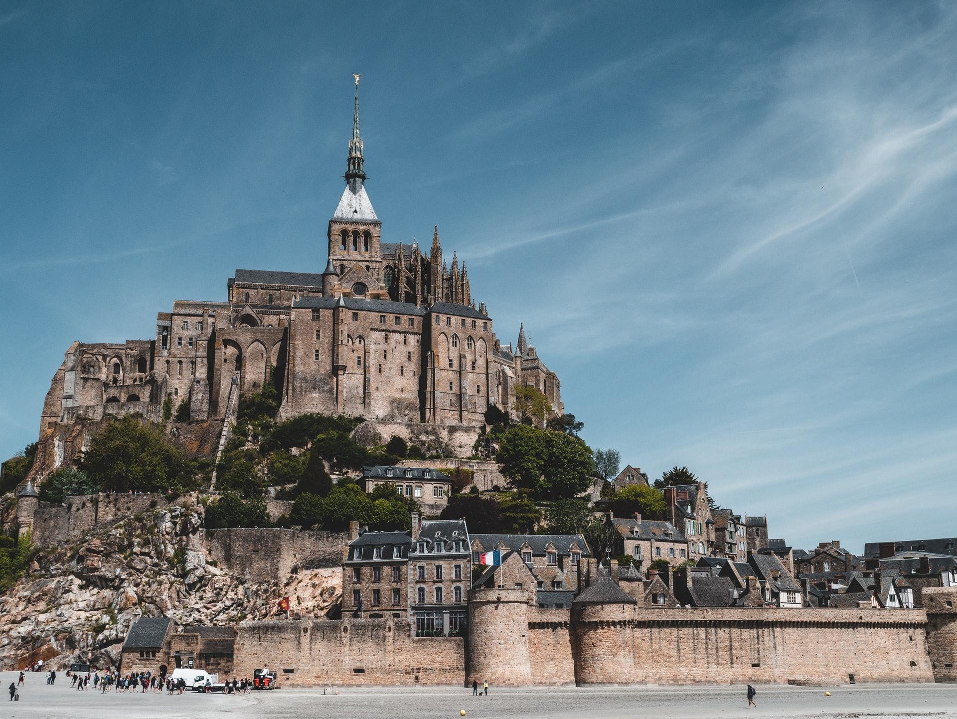 法國聖米歇爾山( Matt Seymour /  Unsplash)