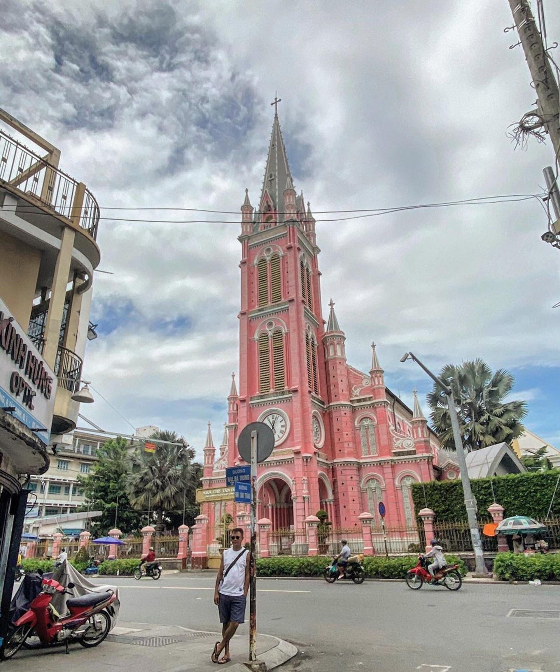 越南─粉紅教堂Tan Dinh Church(Ig@vinchenzio2)