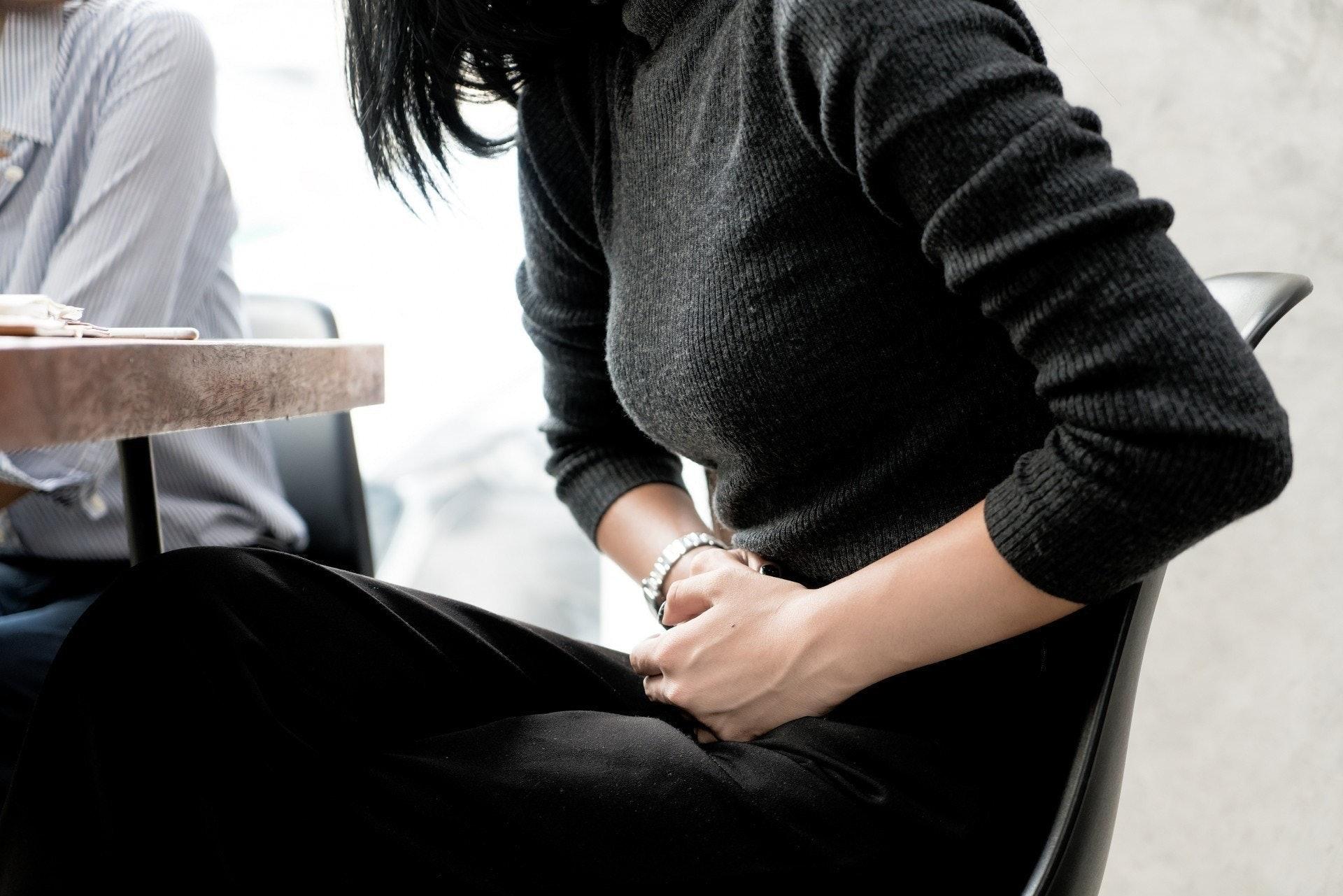 持續胃寒有可能導致多種胃部疾病,包括慢性胃炎、消化性潰瘍、功能性消化不良、嚴重甚至胃出血、胃癌。(VCG)