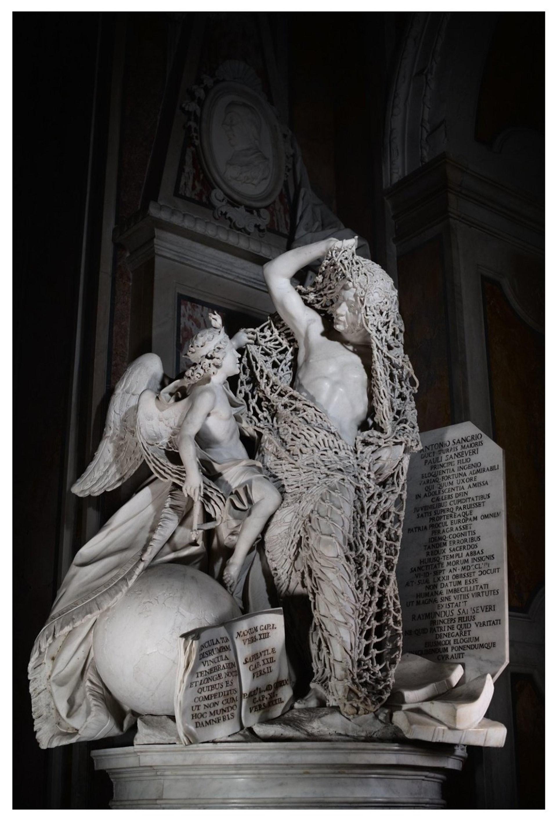 18世紀義大利熱那亞藝術家Francesco Queirolo的傑作《Il Disinganno》(從欺騙中解脫或覺醒)。(圖片擷取自︰april. navium exuro Twitter)