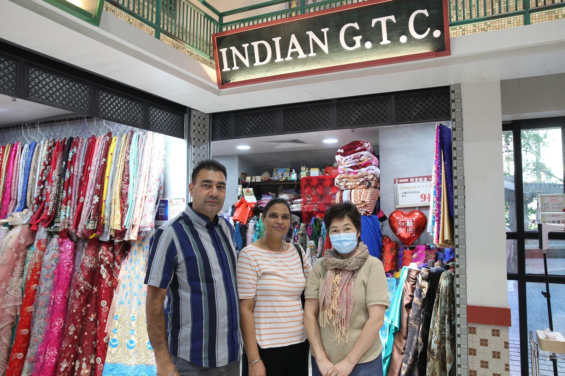 街市內設有印度服飾店。(蔡正邦攝)