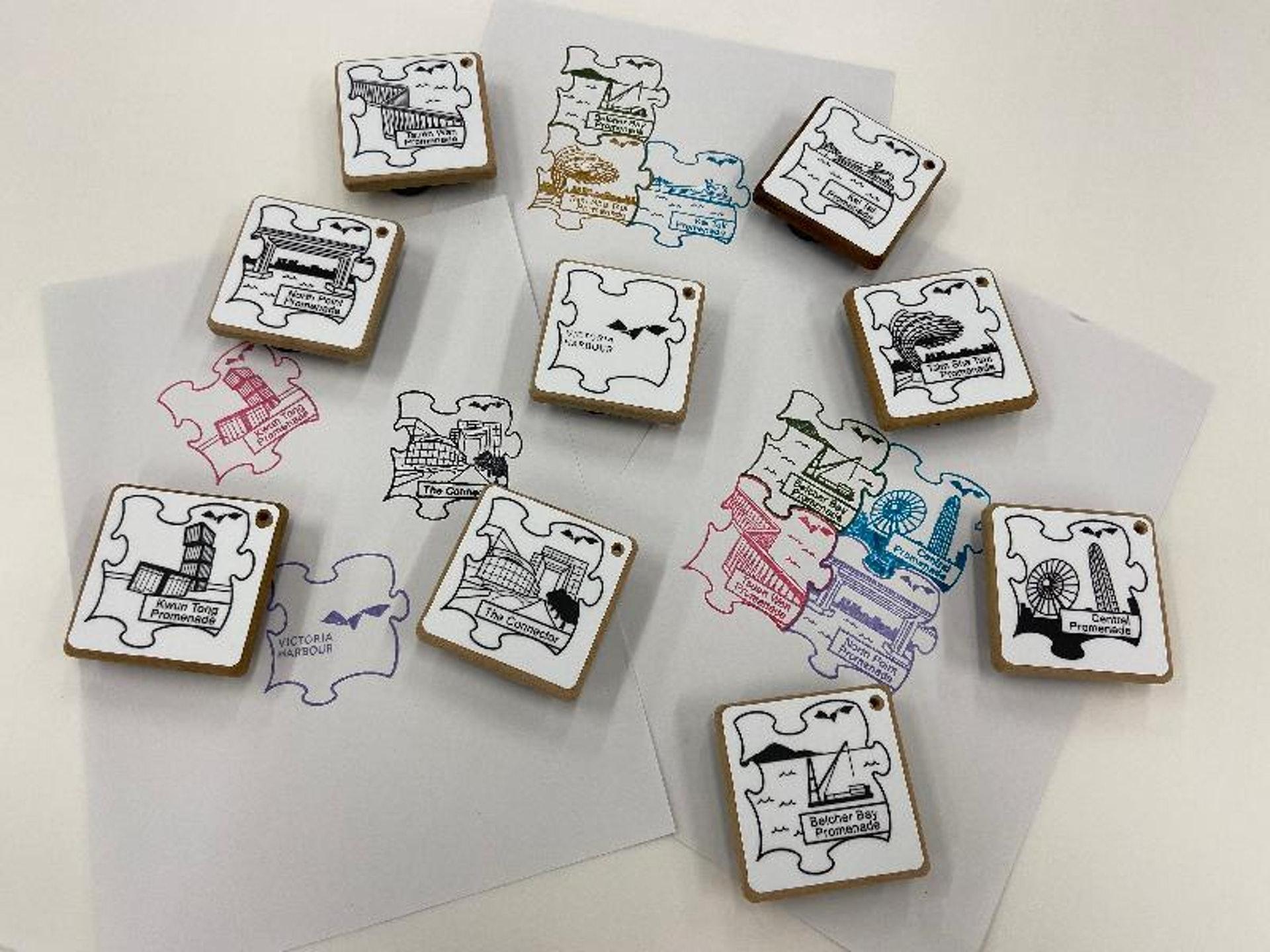 仲有最新推出的印章裝置可以集郵,最適合小朋友玩樂。(政府新聞處)