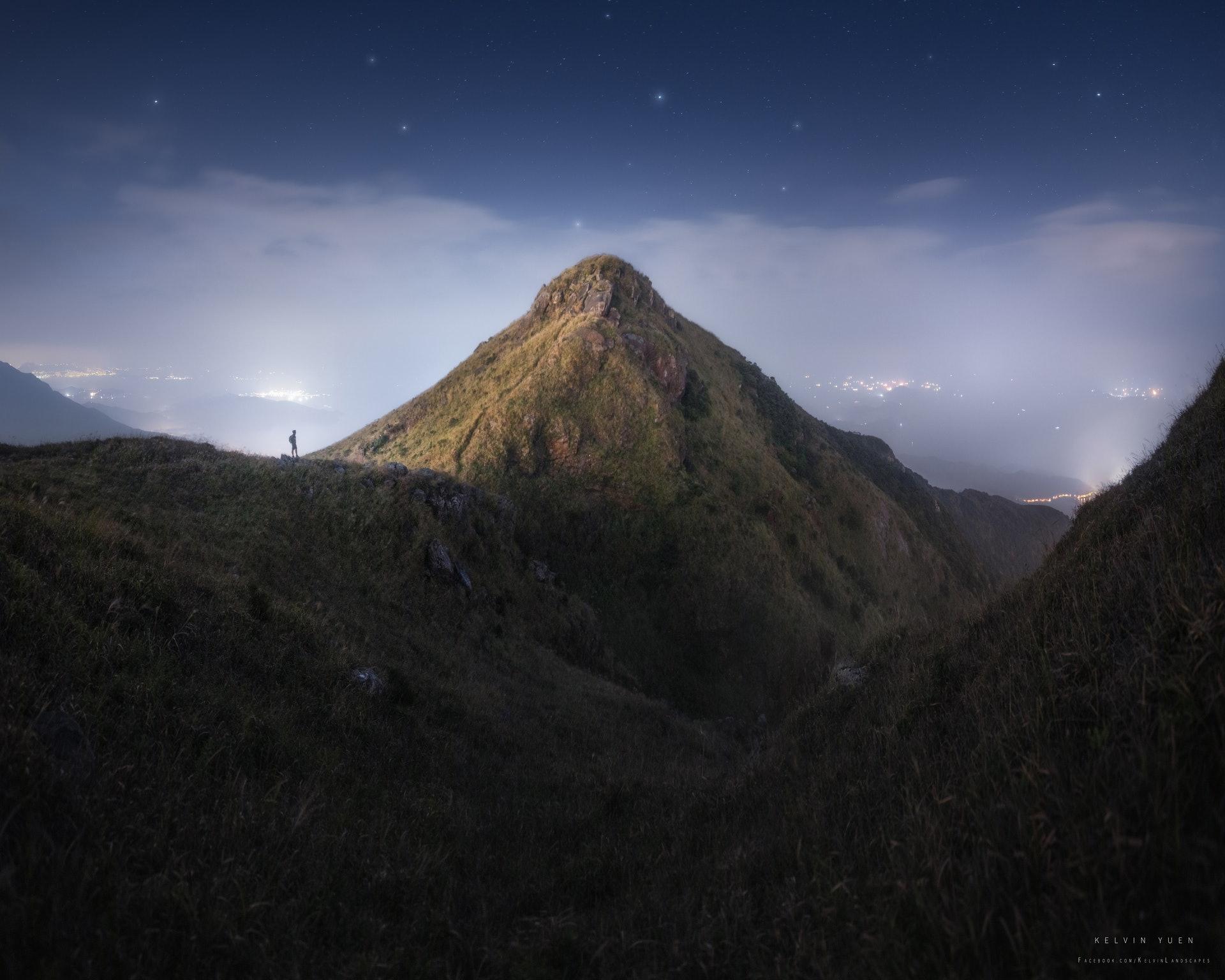 鳳凰山的夜晚。(由受訪者提供/Kelvin Yuen攝)
