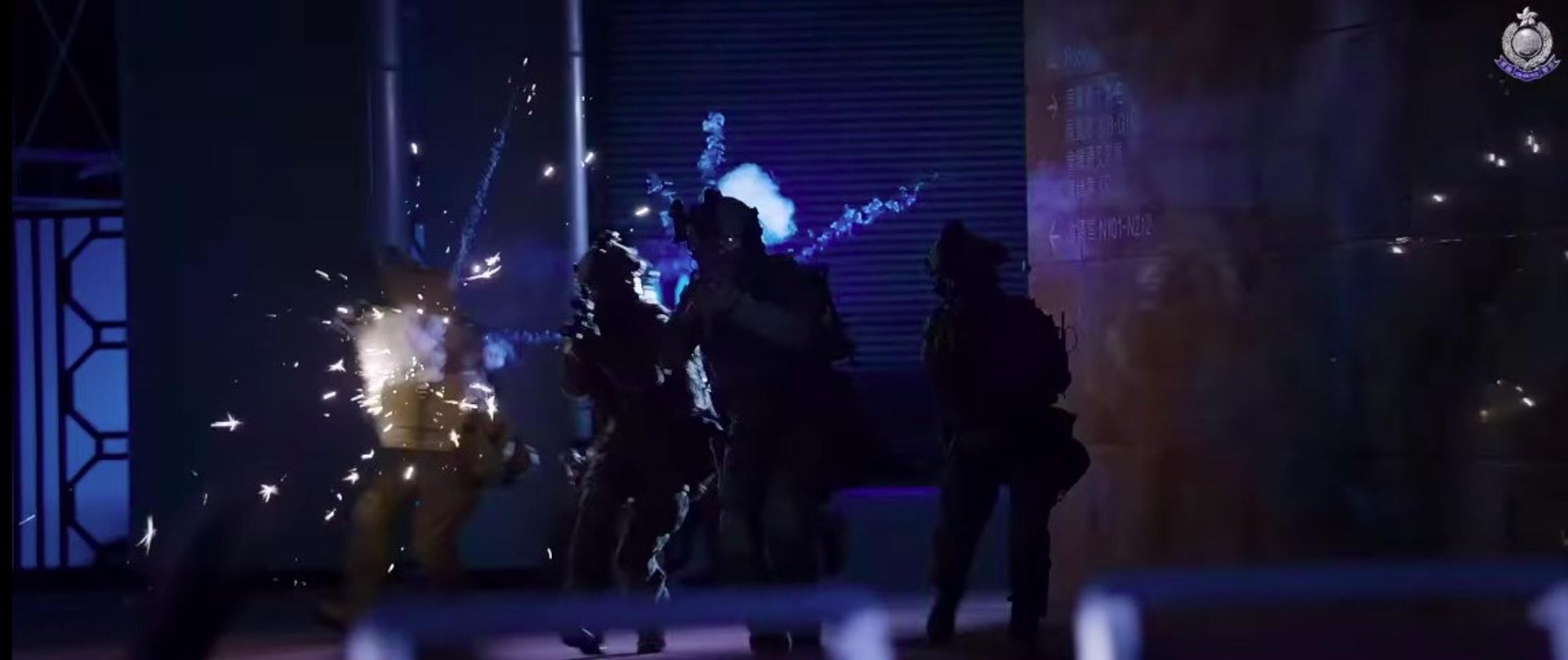 警隊製作《守城》宣傳片,特警隊與恐怖分子駁火。(《守城》截圖)