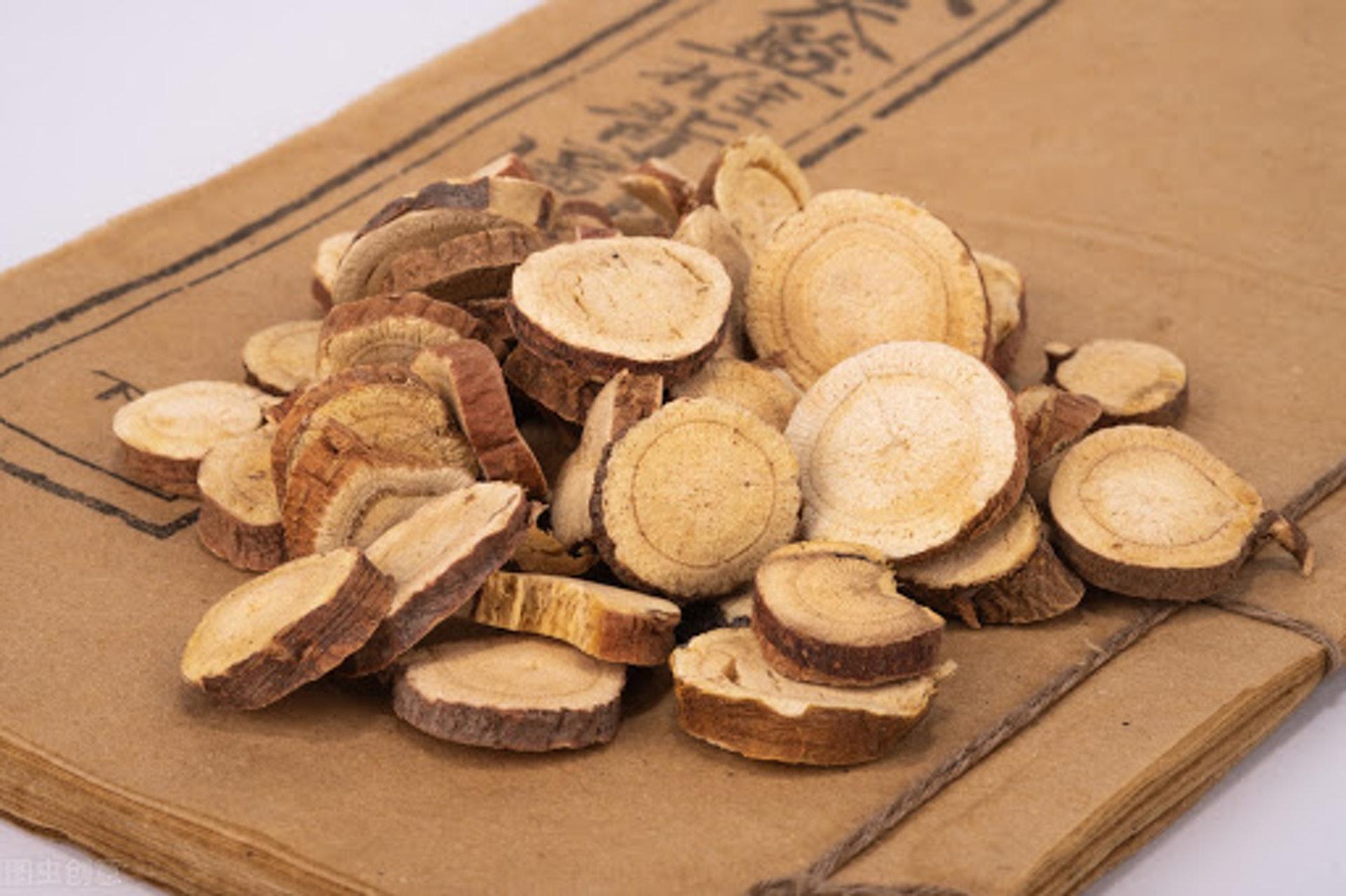 生甘草有清熱解毒、祛痰止咳的功效。(圖片:suizseo)