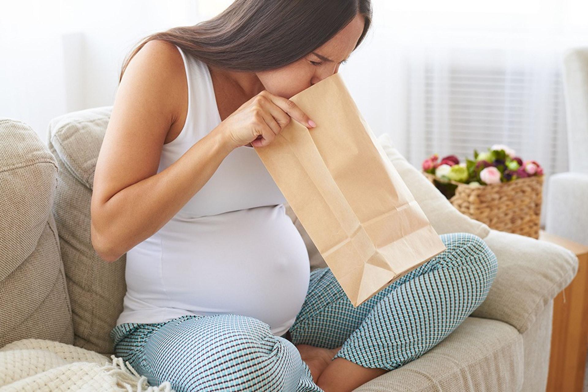 孕吐情況較嚴重的準媽媽們需多加注意營養攝取量,以確保胎兒健康發育。(圖片:eigierdiagnosticos)