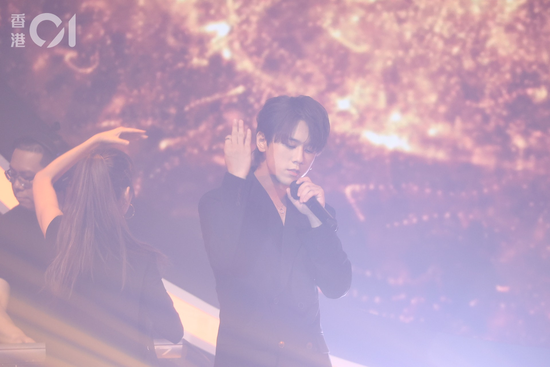 姜濤跳唱《Master Class》。(葉志明攝)