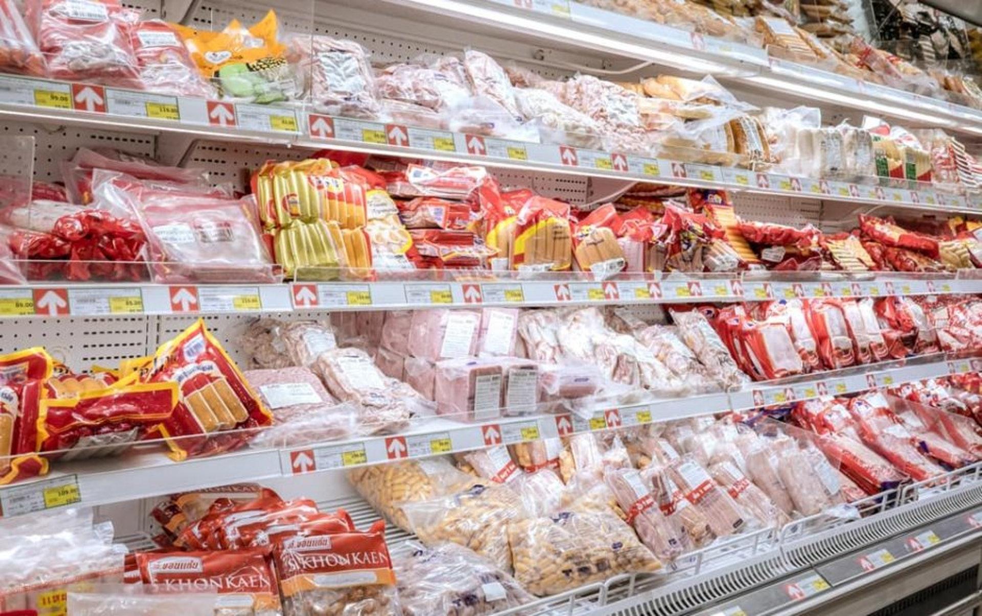 無論是急凍食物包裝還是速遞包裝,也應該先好好處理才拆開封口防播毒。(圖片:Shutterstock)