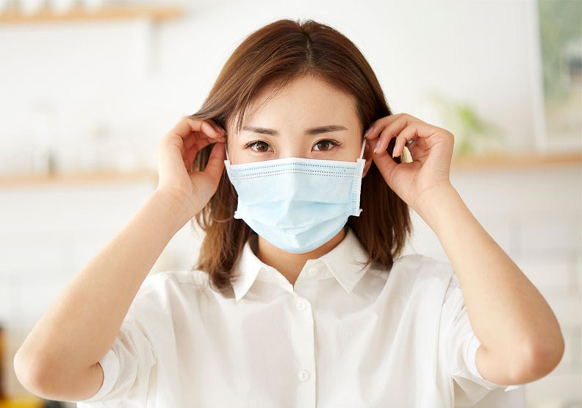 戴上口罩則能有效隔除空氣中的塵埃及病菌。(圖片: FreePik)