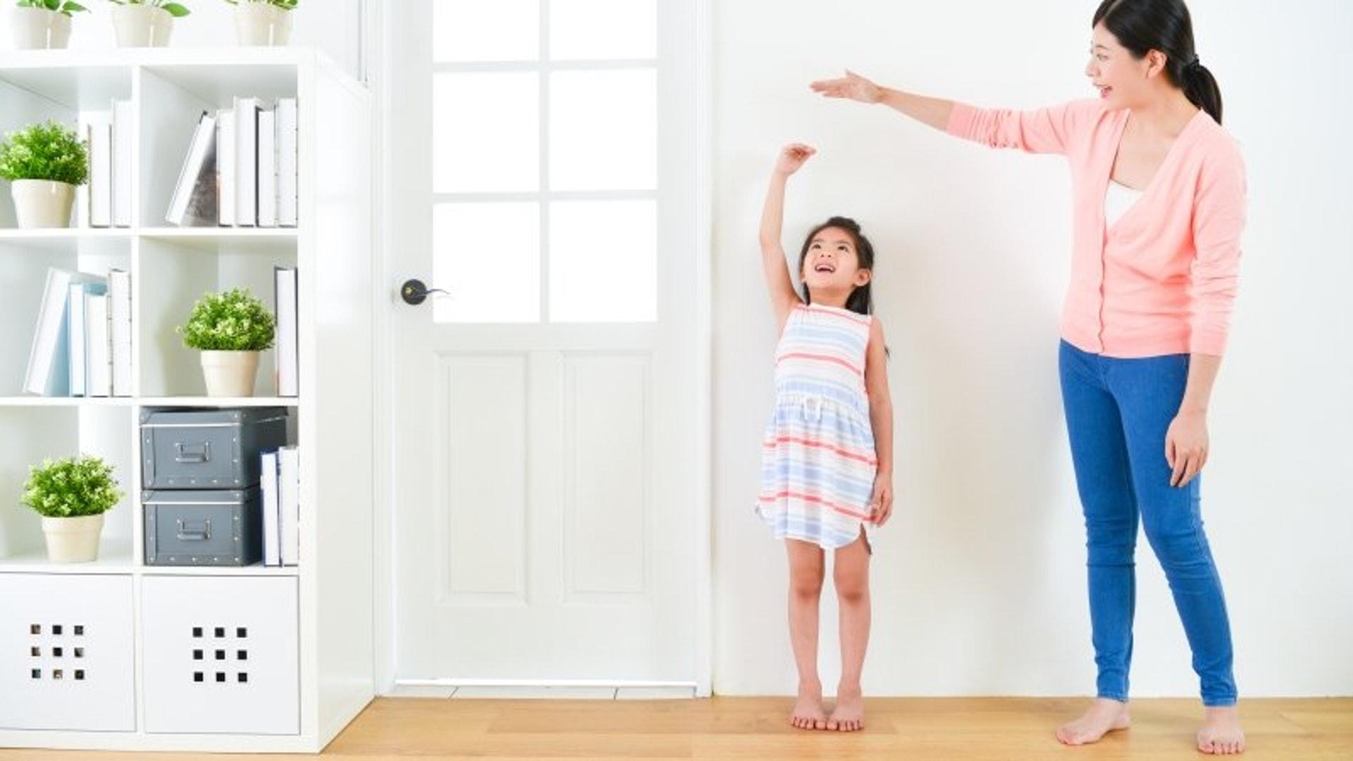 在專業營養師的檢查及分析下,家長可以清楚了解孩子的身高和體重是否達到該年紀的標準。(圖片:parenting)