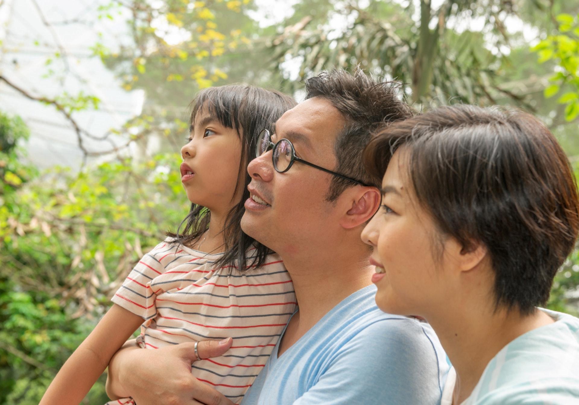 暫時未有發現直接引起甲亢的基因,所以無法像地中海貧血症般,透過婚前檢查作出篩查。(圖片:canva.com )
