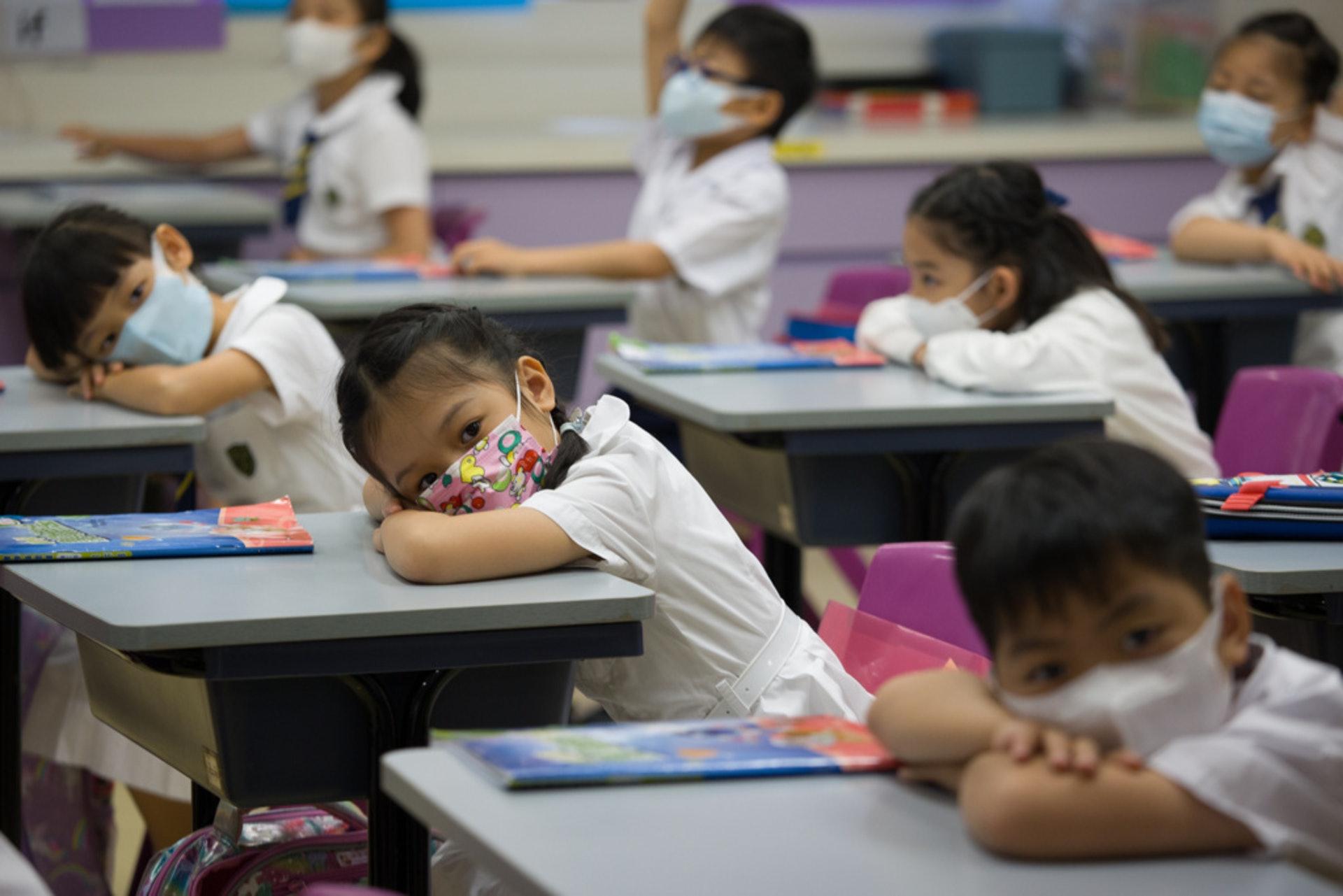 本港小一適齡人口下跌,加上受移民潮夾擊,令學校面對縮班殺校危機。(資料圖片)