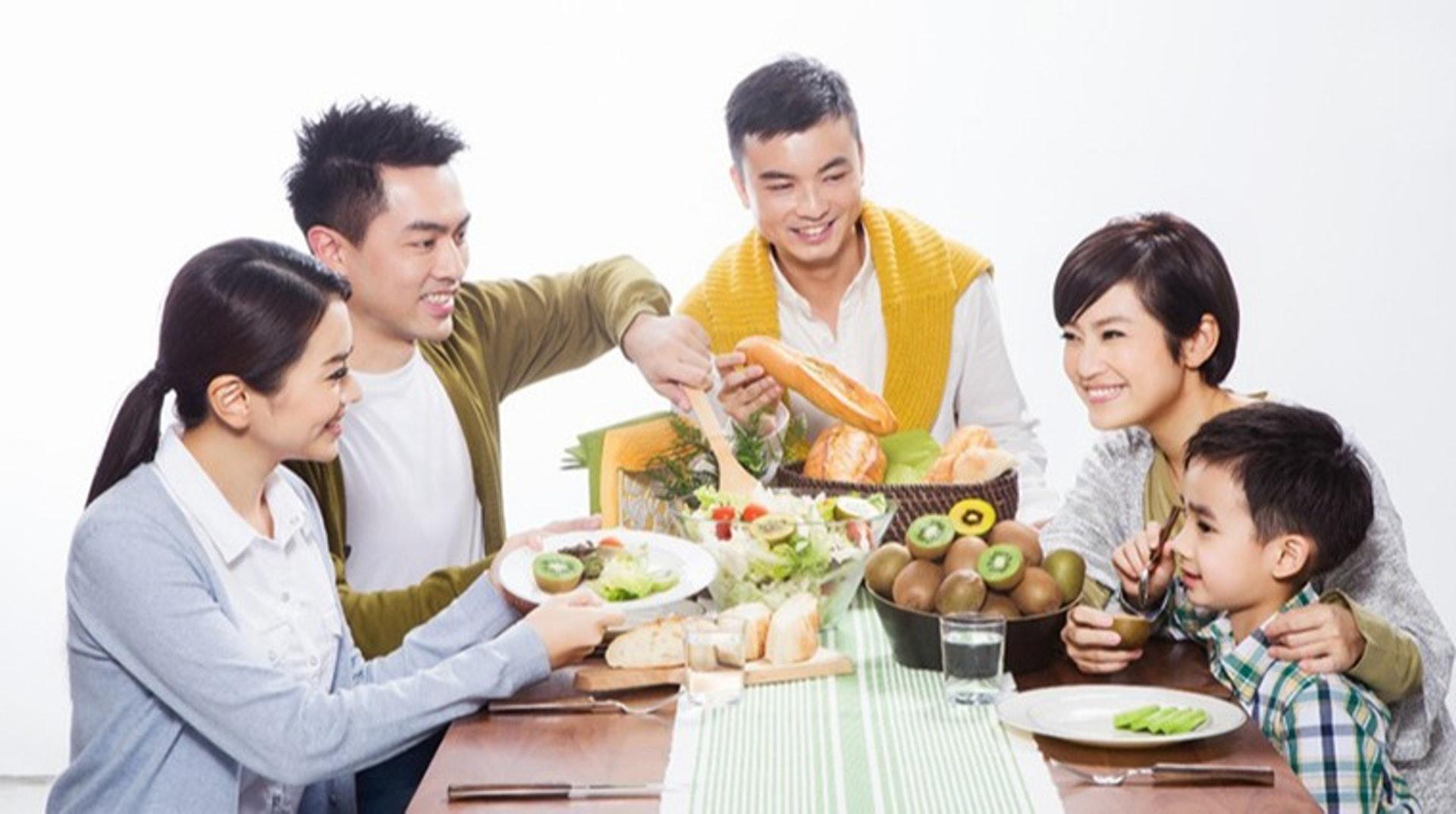 同一家庭的成員可能都屬過敏體質,但各自有會不同的敏感症,例如父親的OAS是針對蜜瓜,但兒子的OAS可能是針對奇異果。(圖片:life.tw)