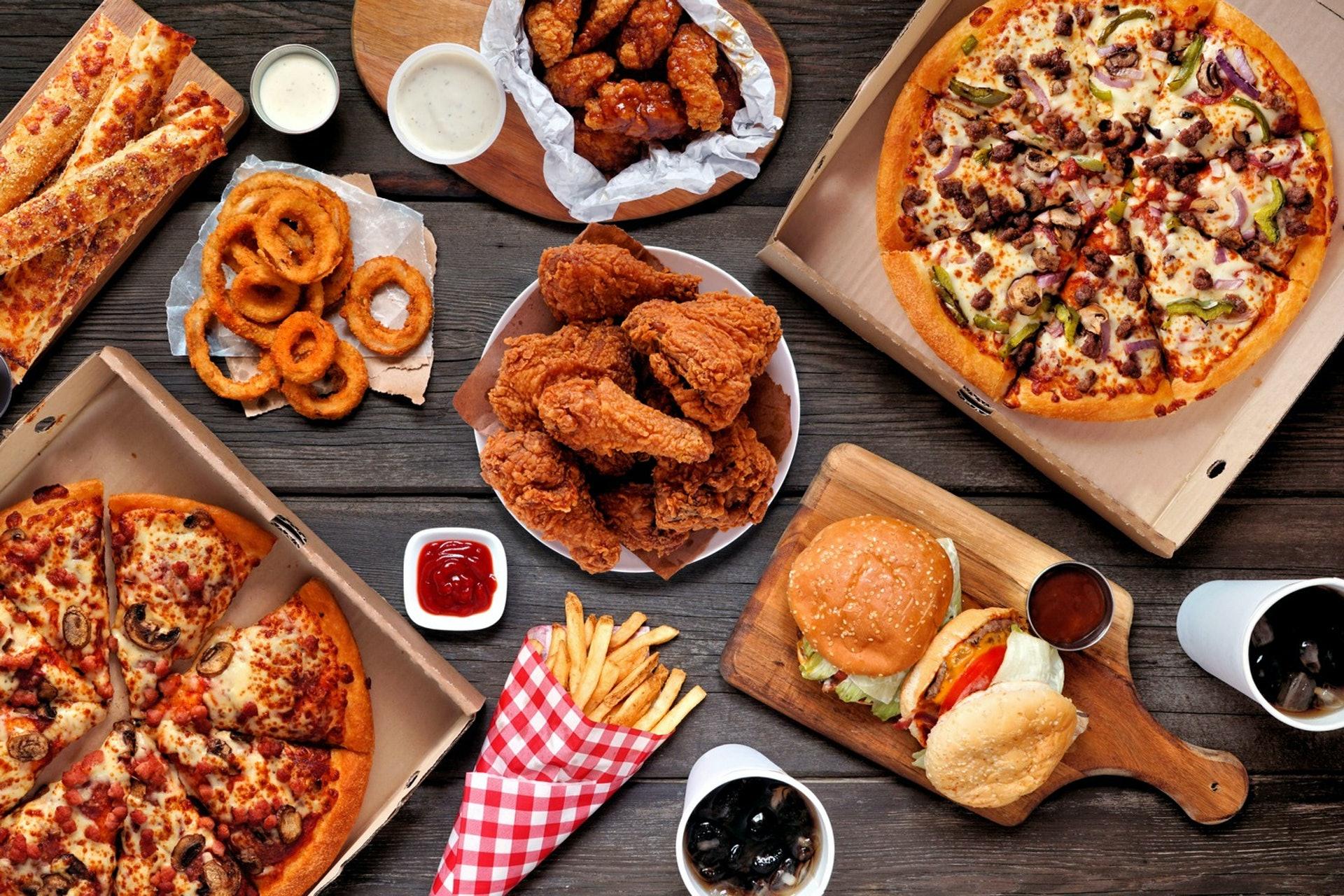 對於男性來說,飲食不加以節制,體重將平均增加20%。(圖片:Getty Images)