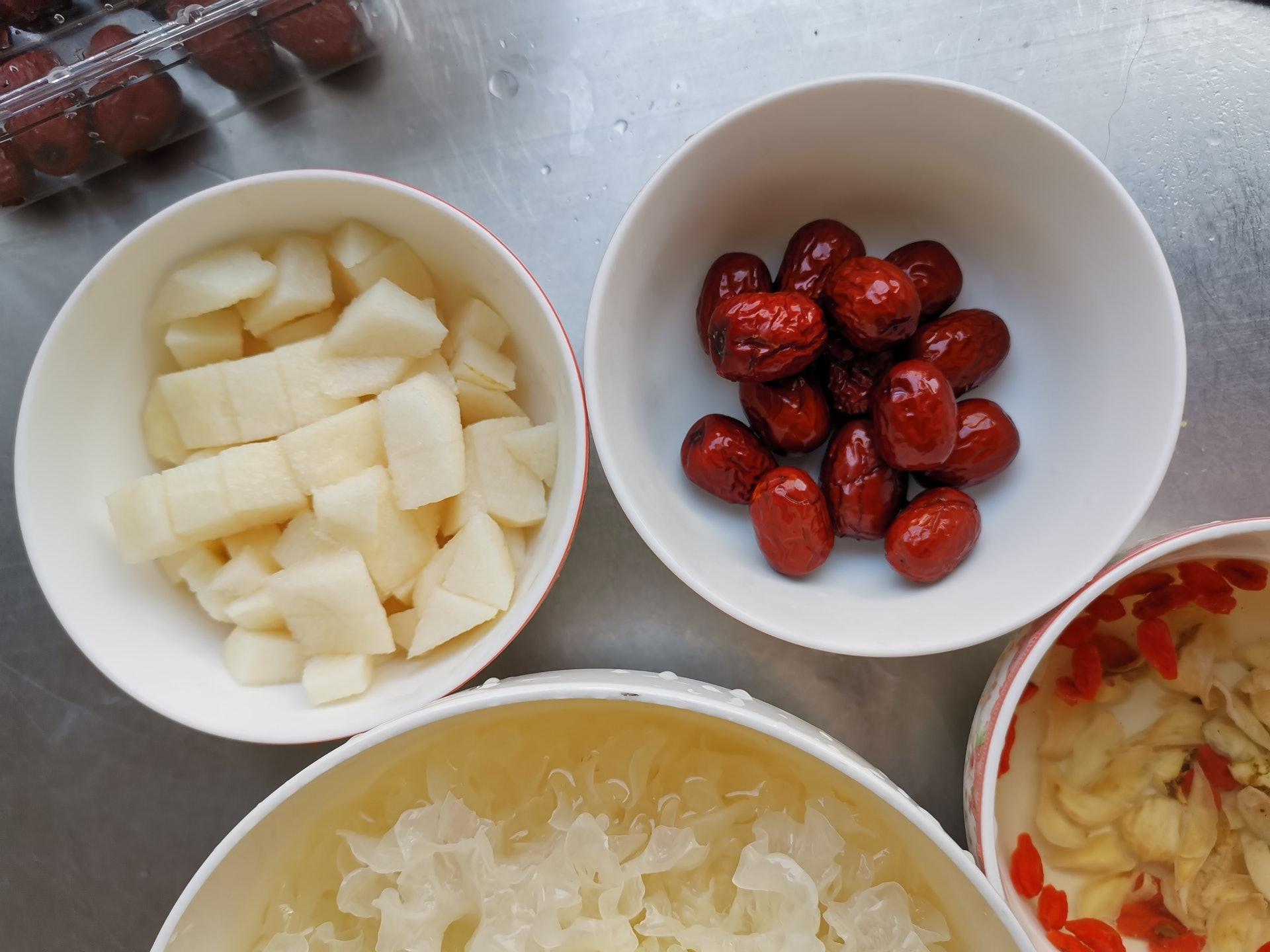 紅棗補中益氣、滋補心肺,可以補血氣、增水份及紅潤感。(圖片:wantubizhi)
