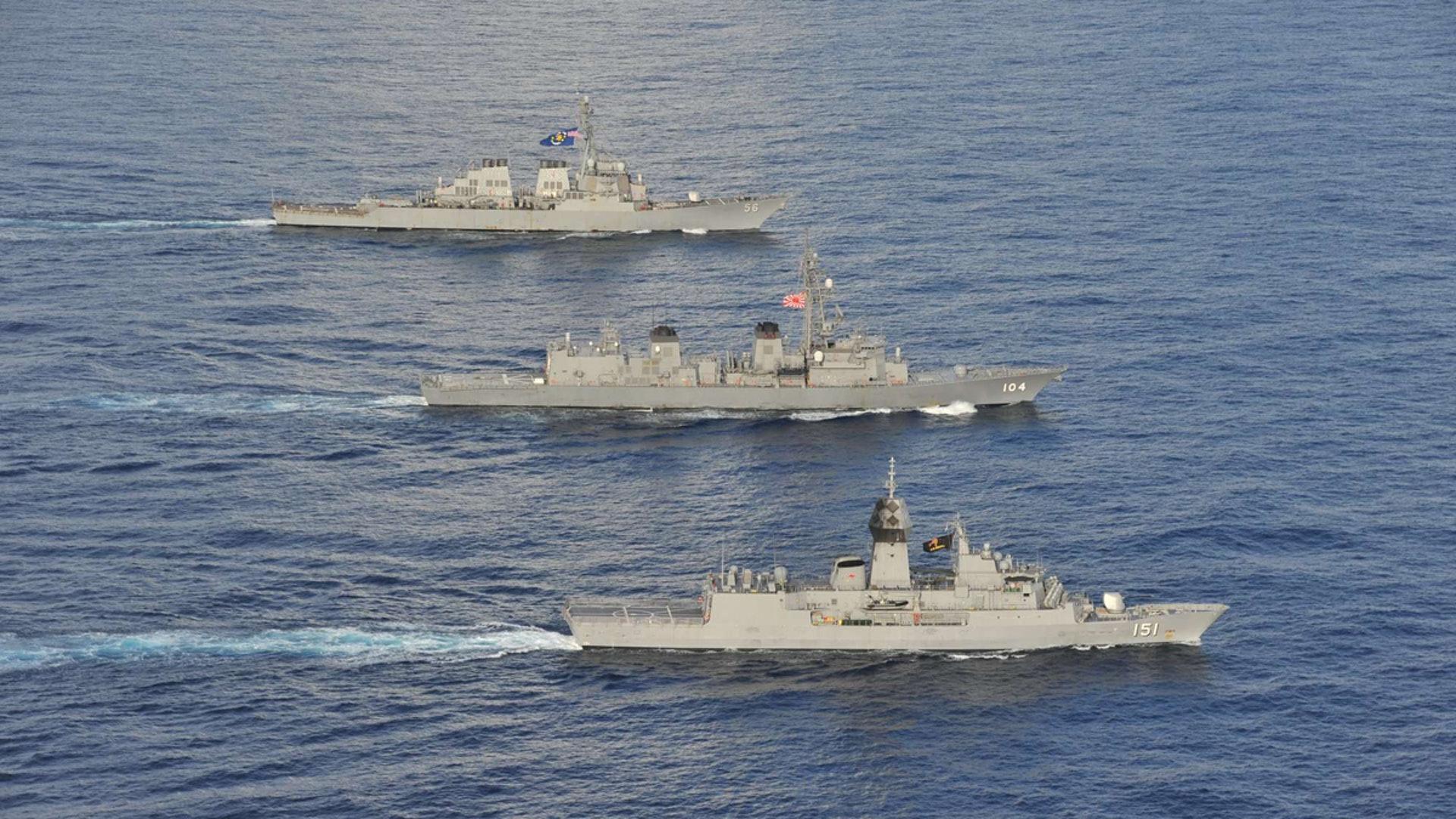 2020年10月19日至20日,美國、日本與澳洲等三國海軍在南海舉行了三邊海軍演習。(Twitter@USPacificFleet)