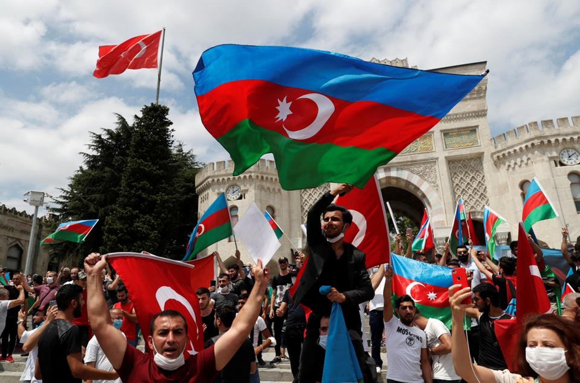 土耳其此次一如既往支持阿塞拜疆,但态度比1994年时更为高调。(Reuters)