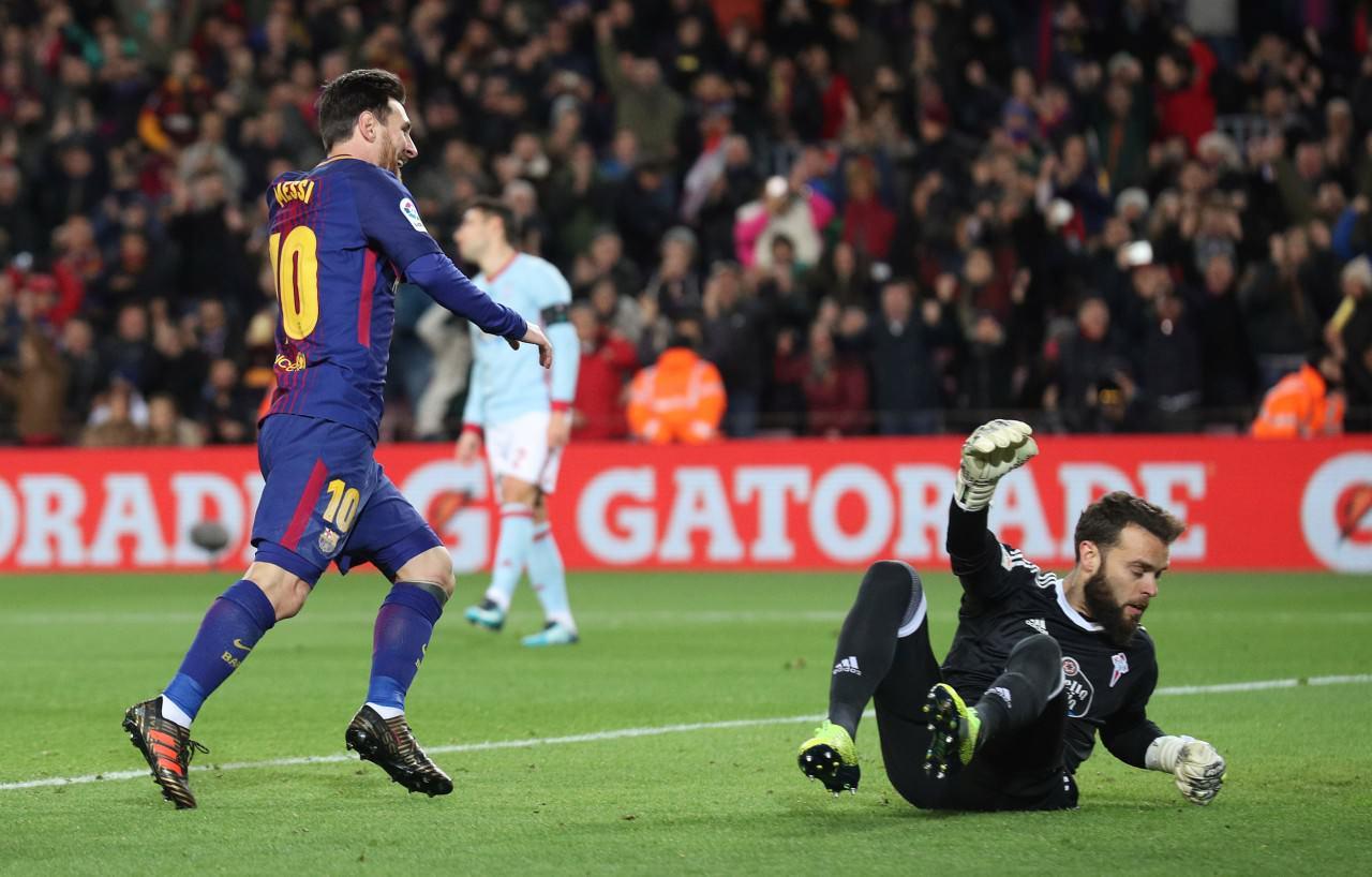 西班牙�16��次回合,巴塞主�鲆�5:0大�偾���_。(��X中��)