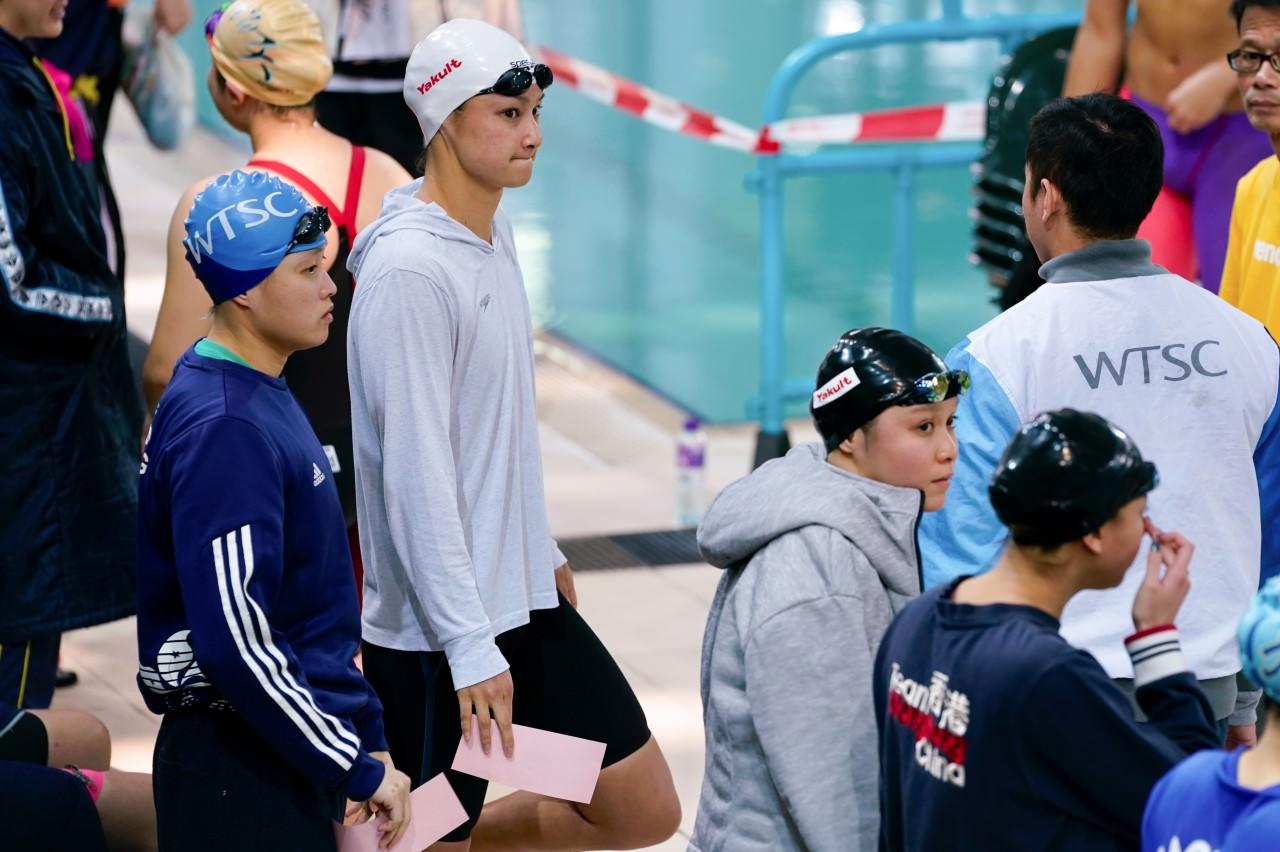 �莉梅力��W�z淳,於100米自由泳封后。(�钣盥N�z)