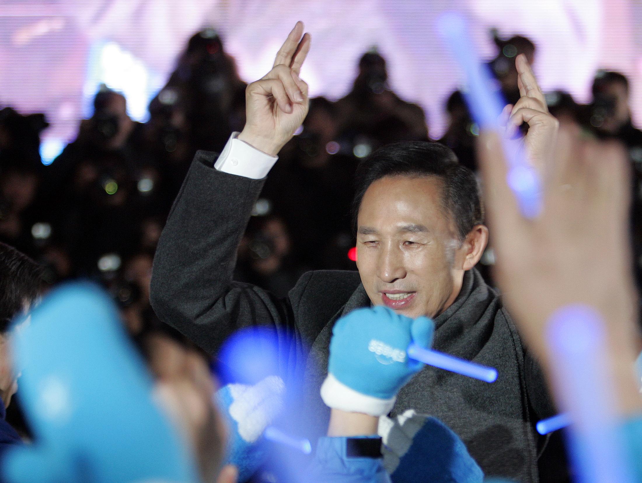 2007年12月韓國大選,李明博以壓倒性姿態勝出成為總統。(路透社)