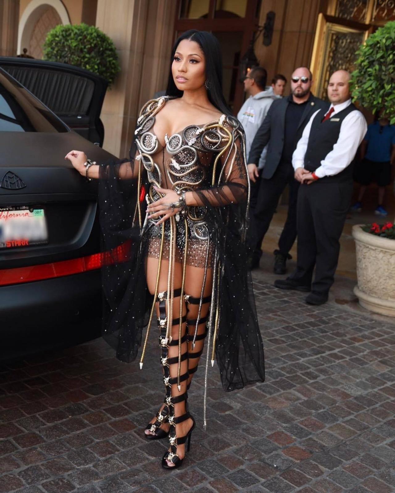 美国Rapper天后Nicki Minaj为粉丝交学费,历代歌手谁最慷慨?
