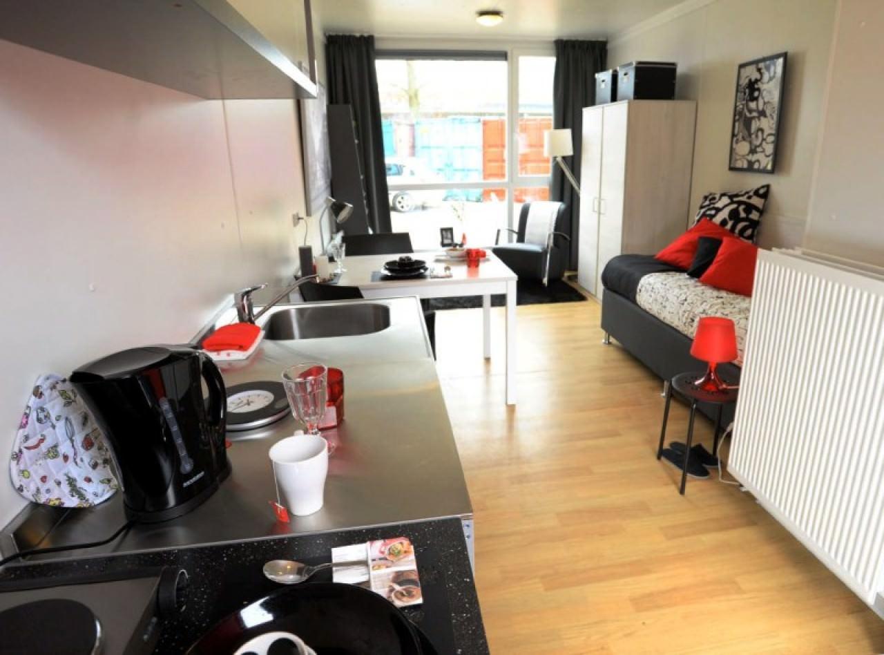 組合屋亦會確保符合基本宜居要求,圖為荷蘭組合屋室內環境。